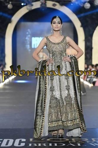 designer-wedding-dresses-10