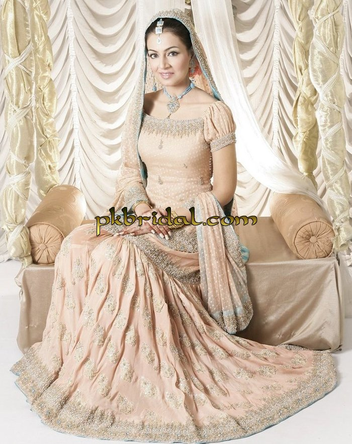 designer-wedding-dresses-31