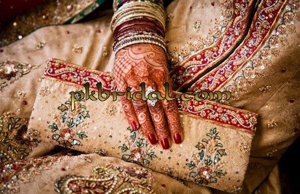 designer-wedding-dresses-32