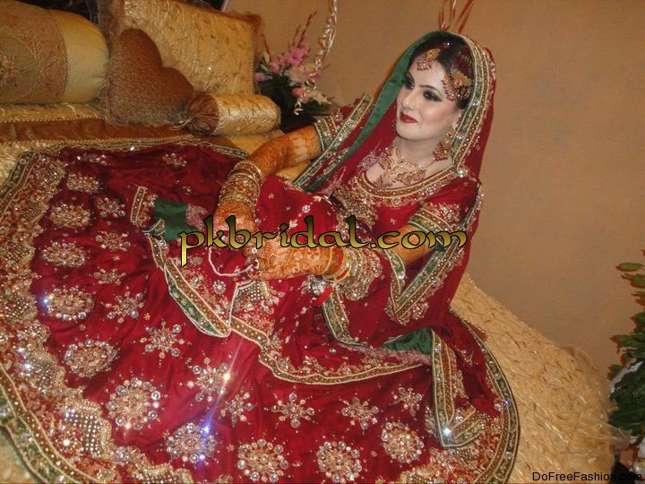 pakistani-bridal-suits-2014-8