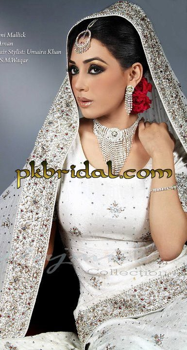 pakistani-wedding-dresses-17