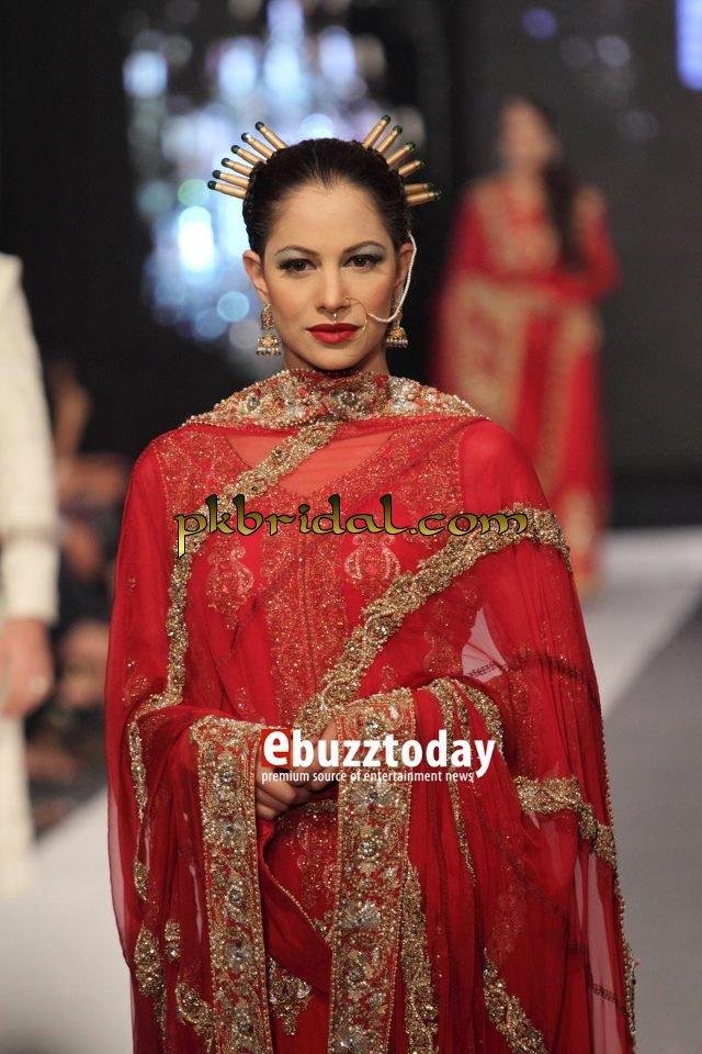 pakistani-wedding-dresses-22