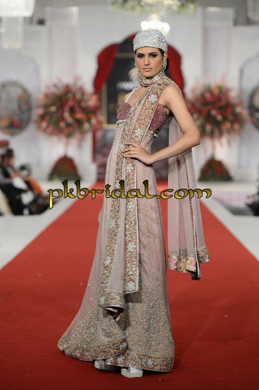 pakistani-wedding-dresses-48