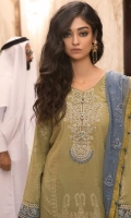 maria-b-luxury-lawn-collection-2018-12