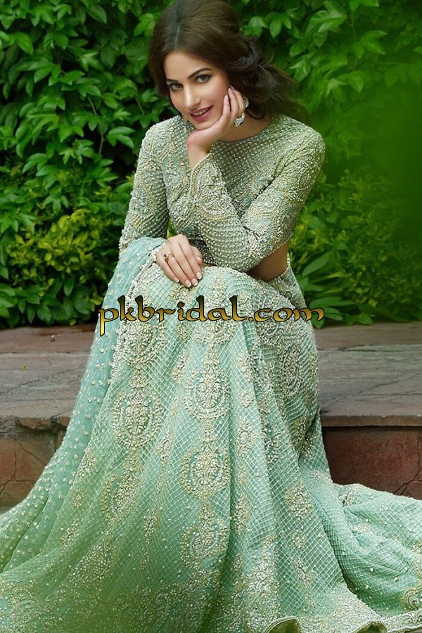 pakistan-party-wear-dresses-2018-13