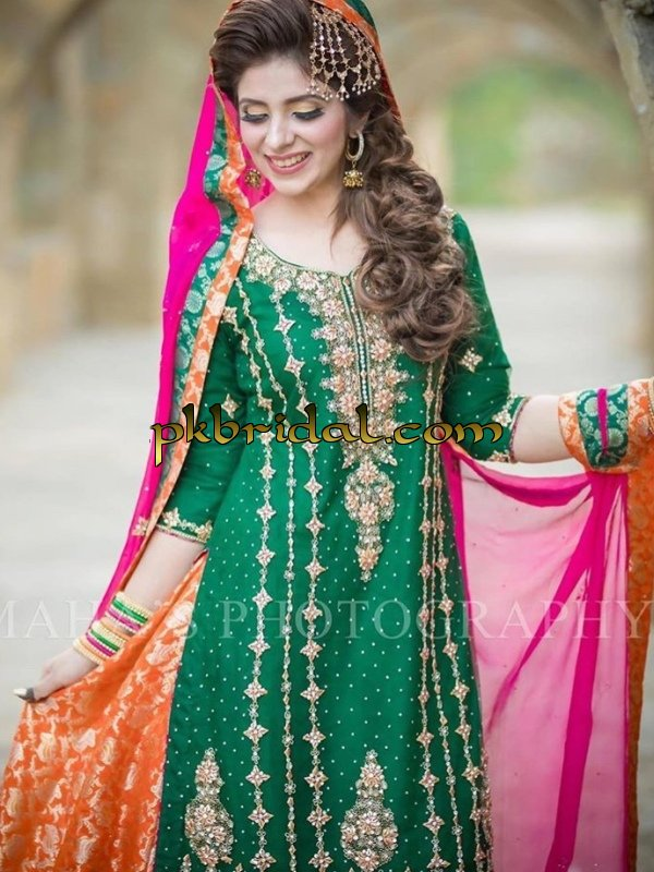 pakistani-stylish-party-wear-dresses-collection-2018-11