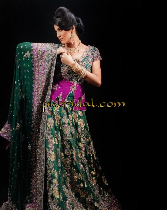 pakistani-partywear-suits-11