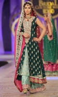 princess-traditional-wedding-suits-7