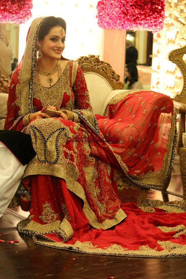 red-traditional-bridal-10