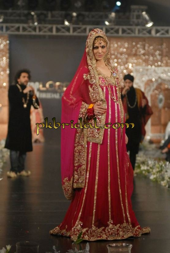 red-traditional-dresses-15