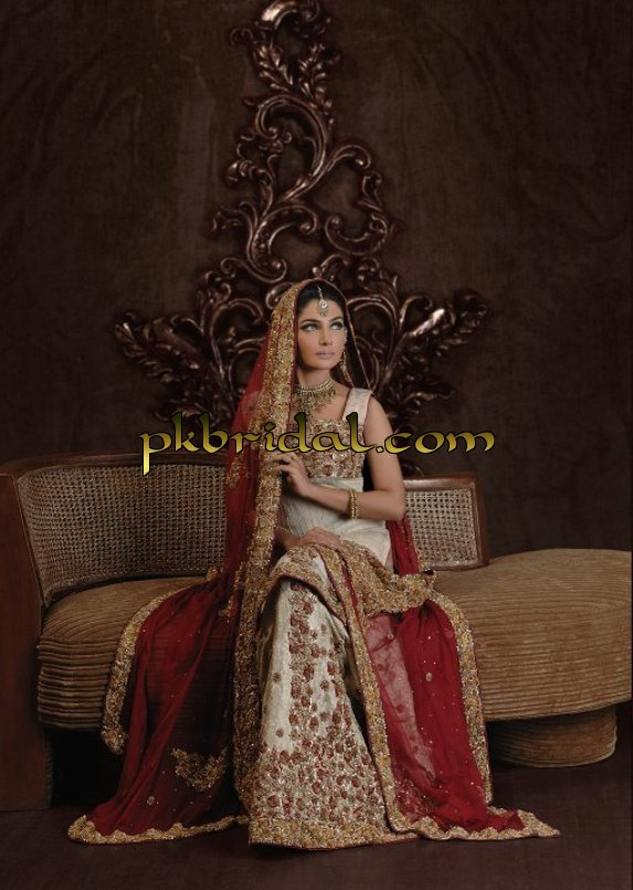 red-traditional-dresses-6
