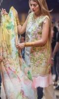 rungrez-embroidered-lawn-collection-2017-10