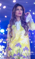 rungrez-embroidered-lawn-collection-2017-5