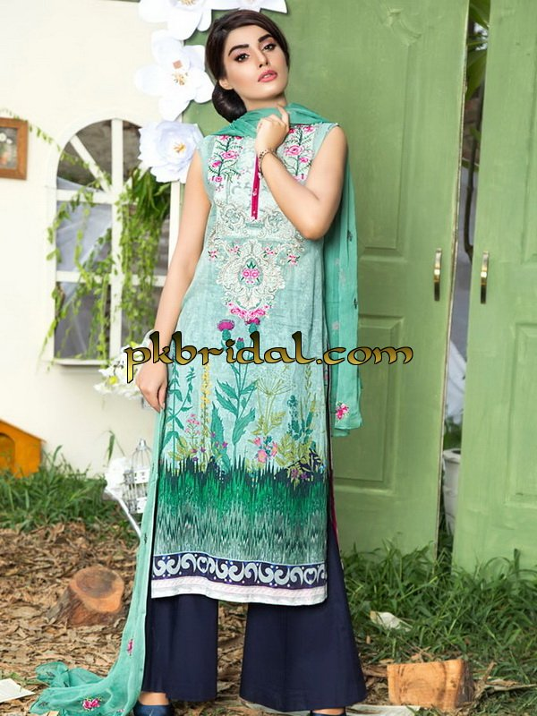 zebaish-sweet-allysum-embroidered-collection-2018-5