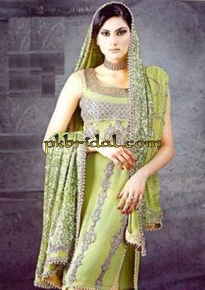 Bridal Mehndi Wear