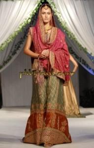 Traditional Mehndi Wear