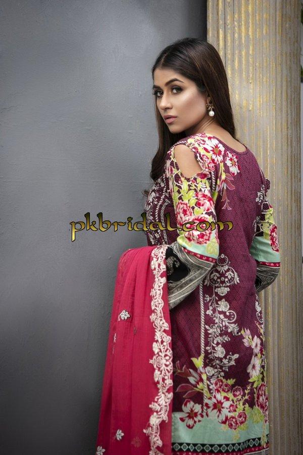 ayesha-chottani-embroidered-collection-2018-16