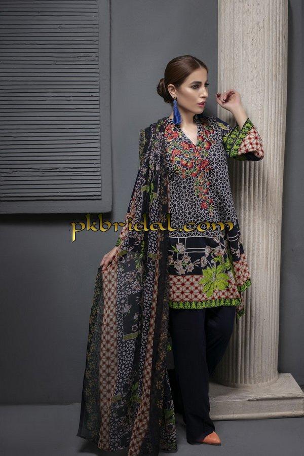 ayesha-chottani-embroidered-collection-2018-21