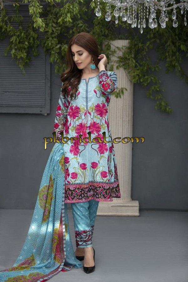 ayesha-chottani-embroidered-collection-2018-29