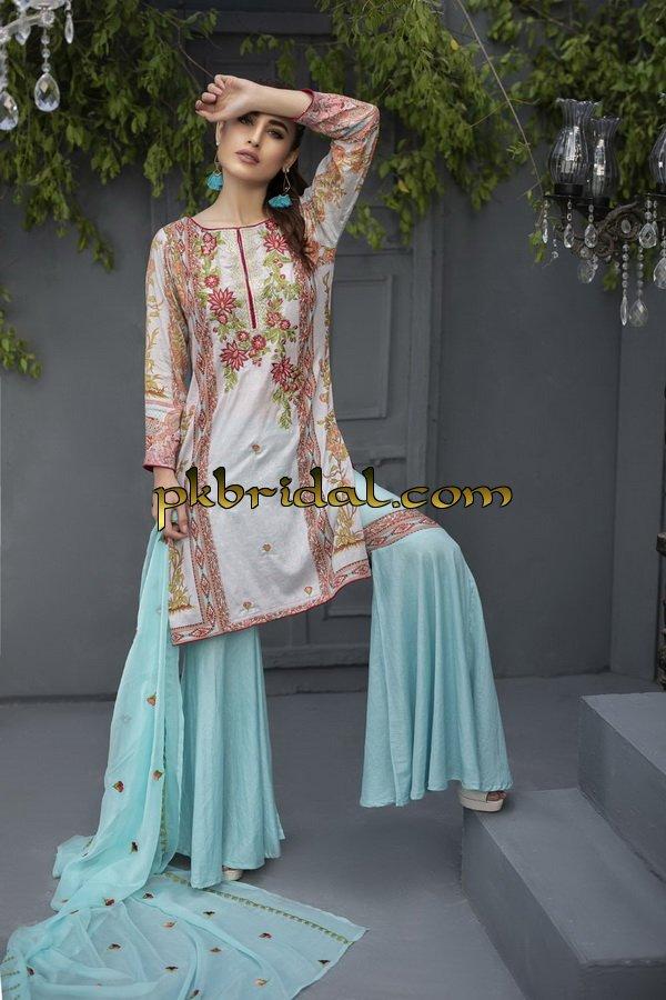 ayesha-chottani-embroidered-collection-2018-39