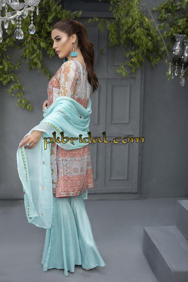 ayesha-chottani-embroidered-collection-2018-40