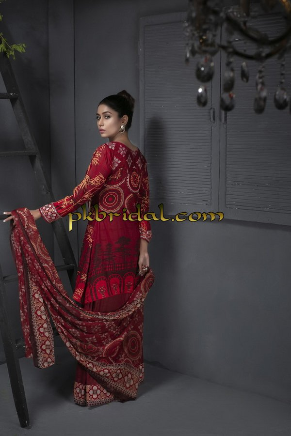 ayesha-chottani-embroidered-collection-2018-6