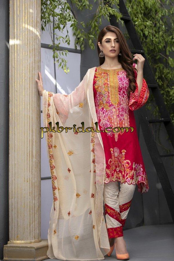 ayesha-chottani-embroidered-collection-2018-9