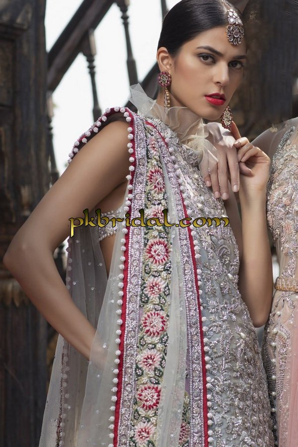 beautiful-pakistan-bridal-wear-collection-2018-16