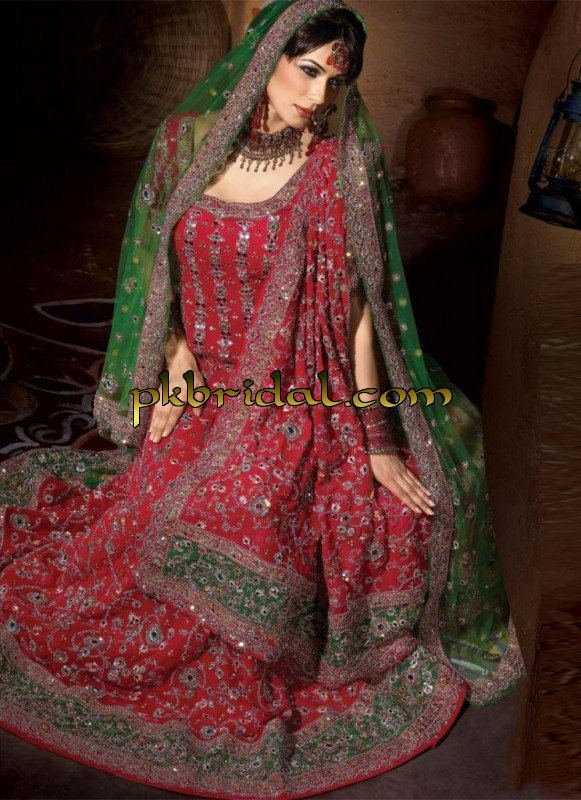designer-wedding-dresses-30