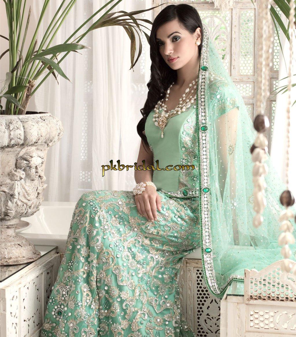 designer-wedding-dresses-40