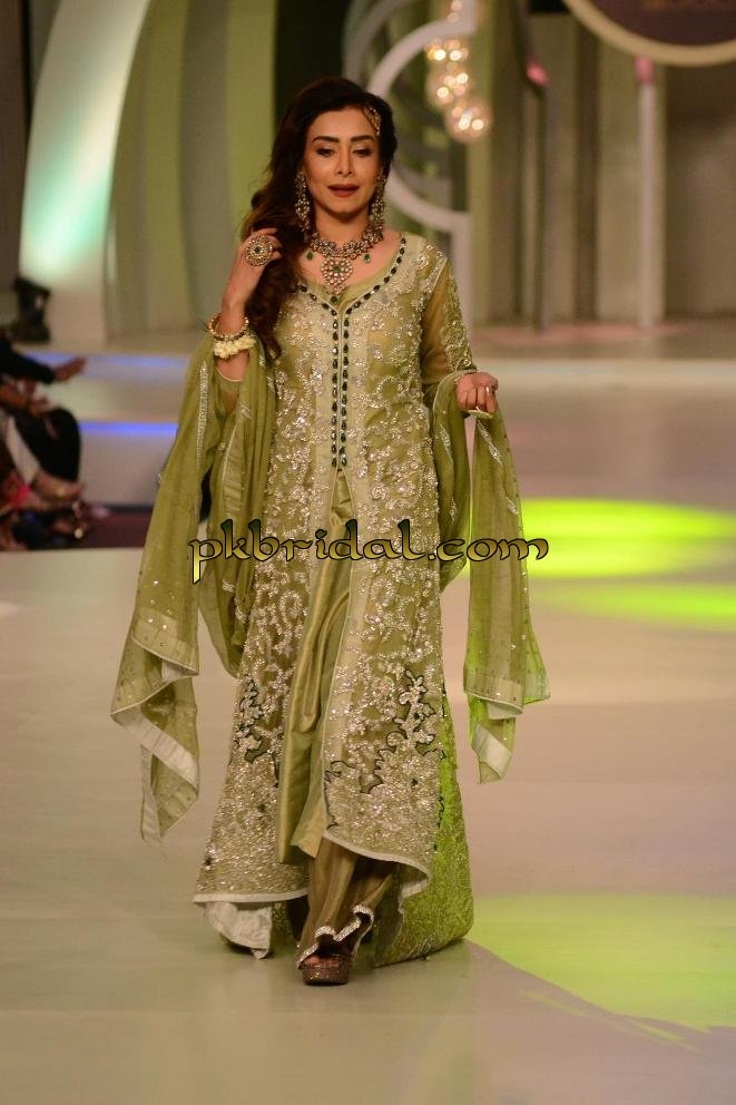 exclusive-bridal-wear-for-march-2015-19