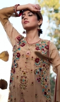 hoor-ul-ains-luxury-party-wears-61