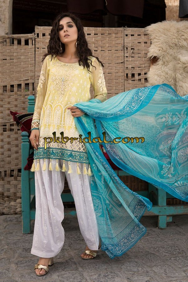 maria-b-luxury-lawn-collection-2018-13