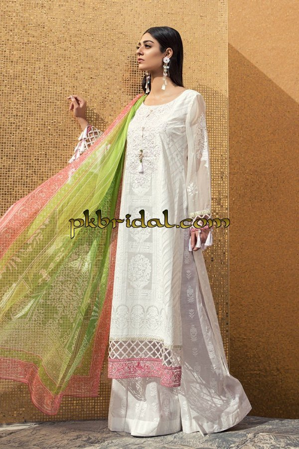 maria-b-luxury-lawn-collection-2018-15