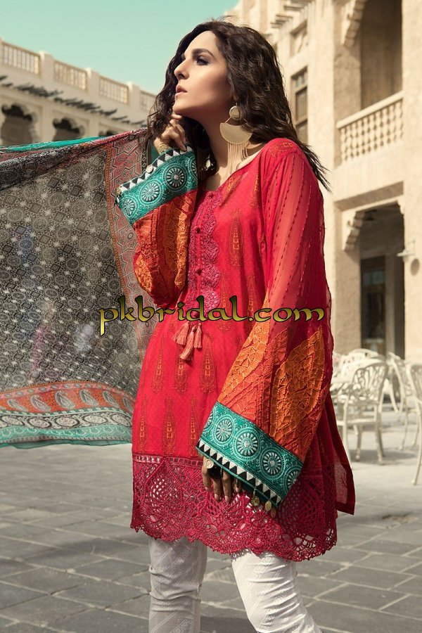 maria-b-luxury-lawn-collection-2018-22
