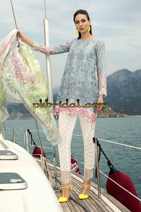 maria-b-luxury-lawn-collection-2019-11