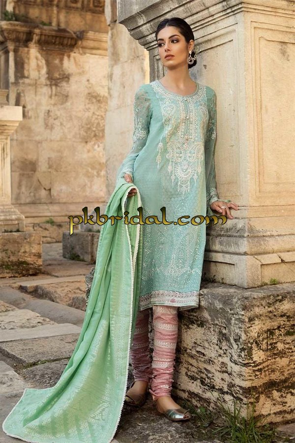 maria-b-luxury-lawn-collection-2019-17