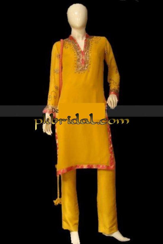 pakistani-mehndi-dresses-11