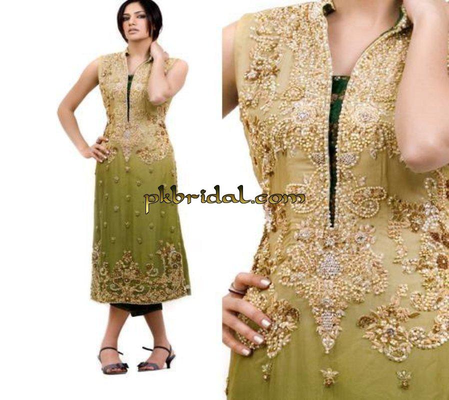 pakistani-mehndi-dresses-23