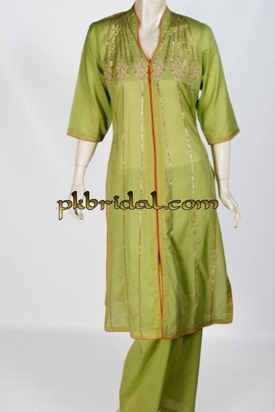 pakistani-mehndi-dresses-7