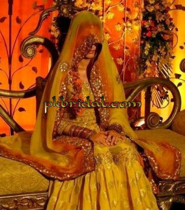 mehndi-dresses-7