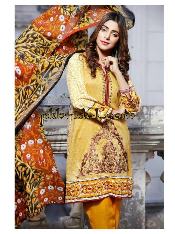 noor-jahan-embroidered-premium-lawn-2017-9