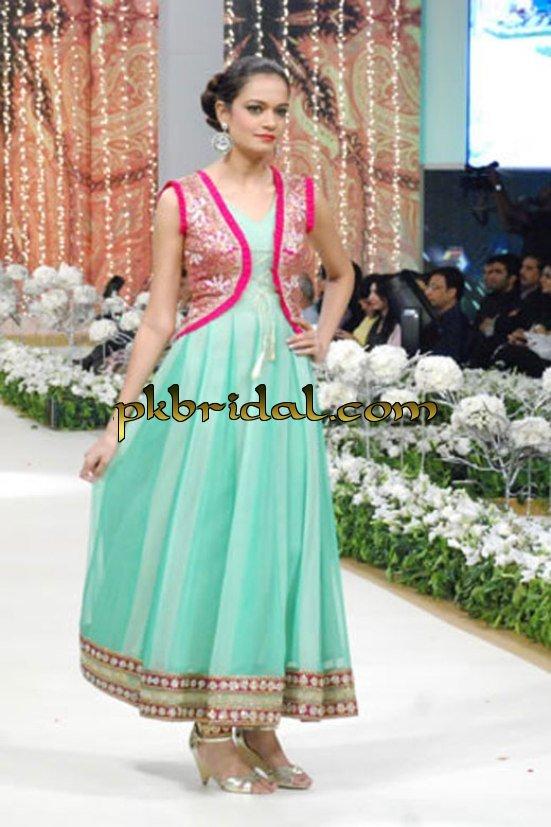 pakistani-partywear-suits-21