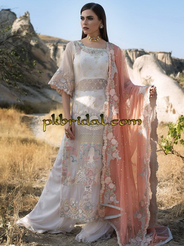 zainab-chottani-luxury-formals-2018-1