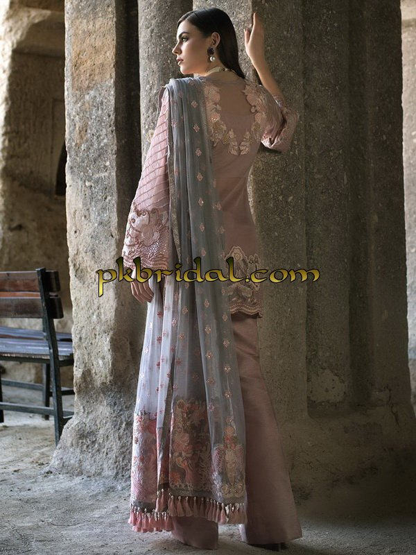 zainab-chottani-luxury-formals-2018-11