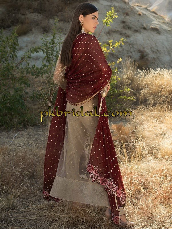 zainab-chottani-luxury-formals-2018-26